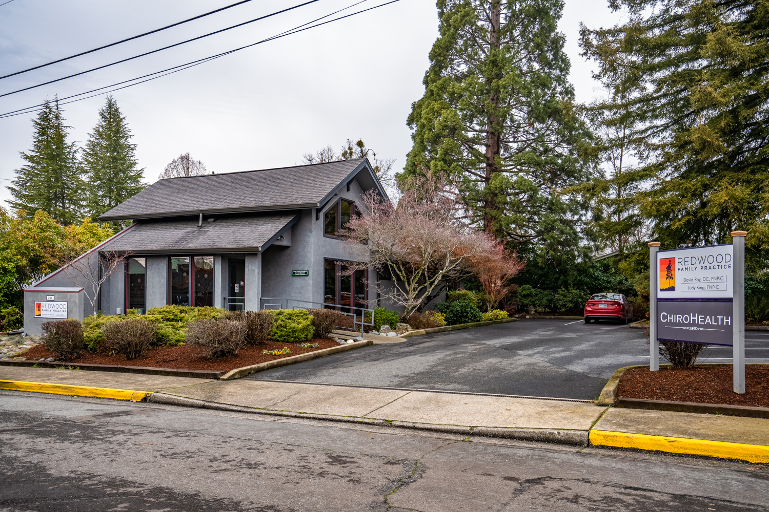 Image of 214 NE Outlook, Grants Pass, OR 97526